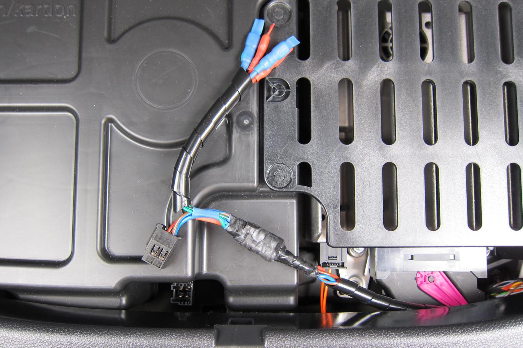 custom audio in gla page 3 mercedes gla forum rh glaowners com Custom Built Wiring Harness Custom Auto Wiring Kits