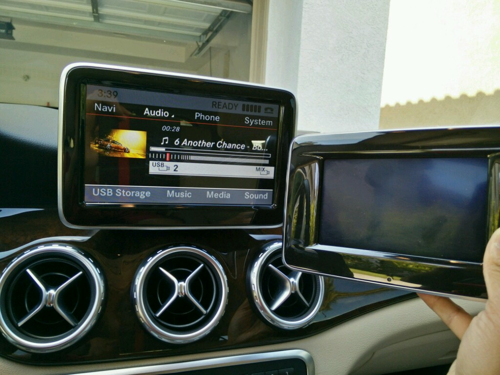 Upgraded the screen finally! - Mercedes GLA Forum