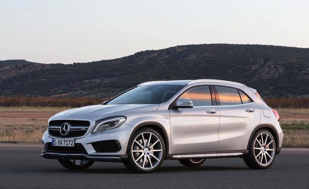 What's New With the 2016 Mercedes-Benz GLA-Class - Mercedes